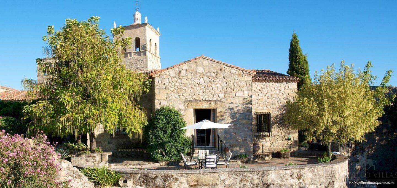 Trujillo Villas España – Featured in the Daily Mail
